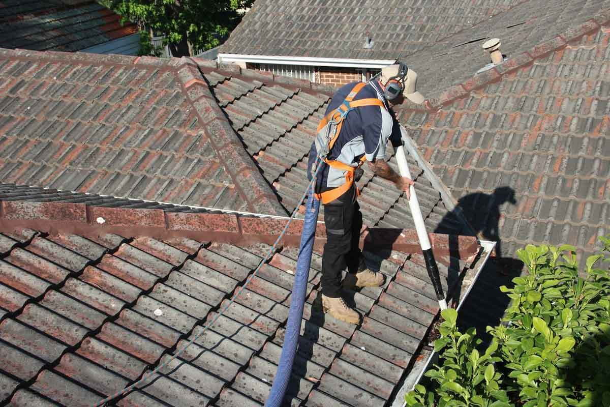 Importance of Cleaning Gutters Regularly by a Professional