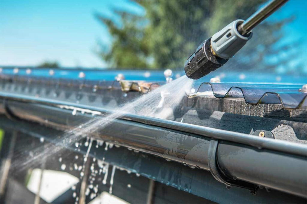 pressure washing roof gutters